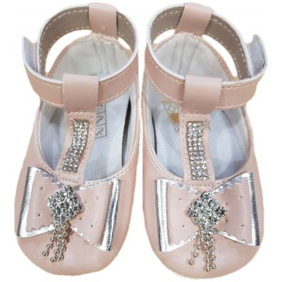 Botosi fete, model balerini, din piele ecologica, rozi pudra cu o clapeta cu scai, cu fundite si cu perle aplicate