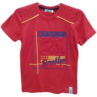 Tricou roșu cu inscripție 3D
