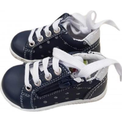 Pantofi model sport, pentru baieti,din piele naturala de culoare bleumarin cu buline pe lateral